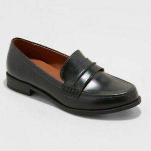 Universal Thread Quinn Faux Leather Loafers